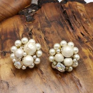 Vintage Ivory Pearl cluster antique 50s iridescent